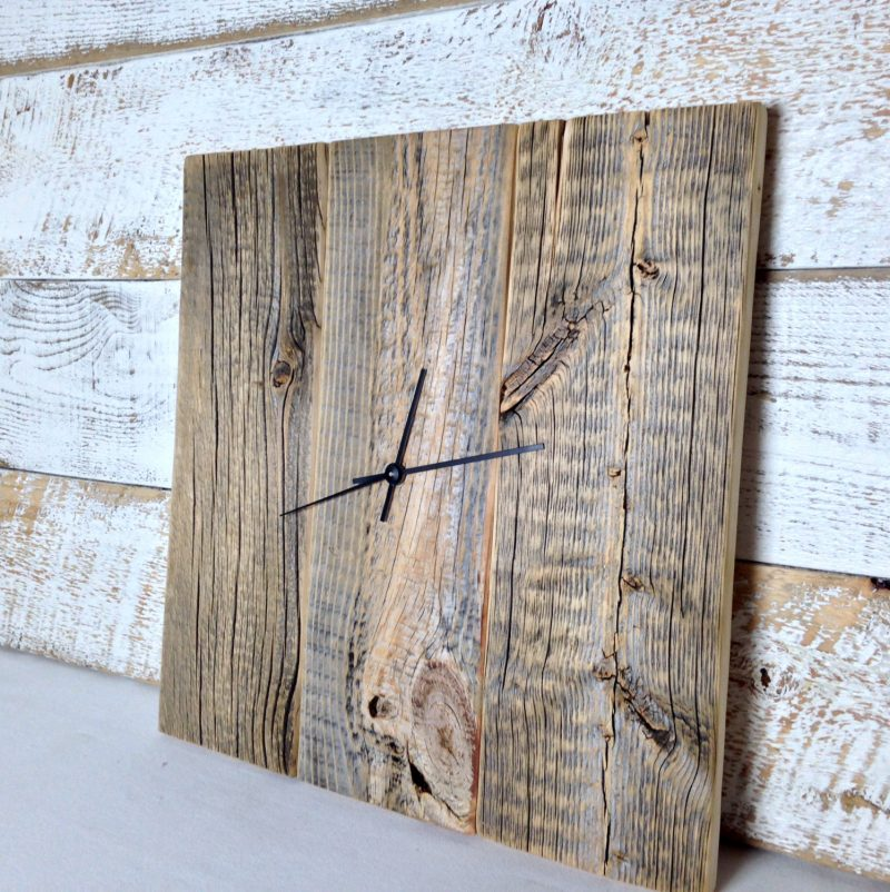ceasurile din lemn